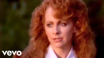 Reba-McEntire-Does-He-Love-You-ft.-Linda-Davis-attachment