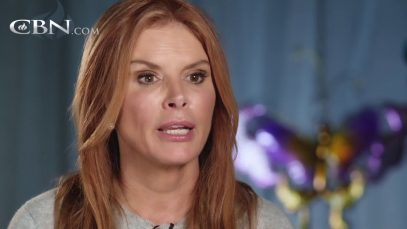 Roma-Downey-Discovers-Light-in-the-Darkest-Moments-attachment