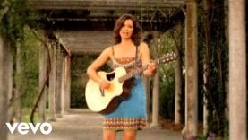 Amy Grant – She Colors My Day