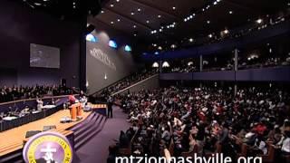 Alexis-Spight-ministering-at-Mt.-Zion-Church-Nashville-Stellar-week-2014-attachment