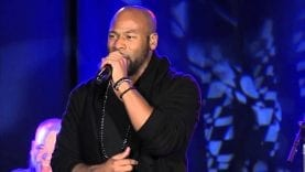 Anthony-Evans-Singing-One-Thing-Remains-By-Jesus-Culture-MLB-PAO-Conference-Session-1-attachment