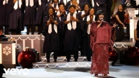 CeCe-Winans-Joy-To-The-World-Live-from-CMA-Country-Christmas-attachment