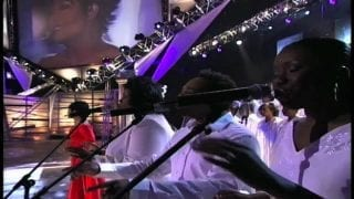 CeCe-Winans-Sings-No-One-Live-attachment