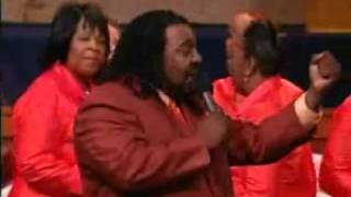 Concert-Shekinah-Glory-Ministry-Awesome-And-Mighty-04-attachment