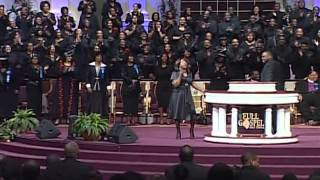 FGHT-Dallas-Pastor-Beverly-Crawford-singing-at-Holy-Convocation-2012-attachment