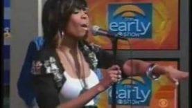 Michelle-Williams-We-Break-The-Dawn-live-@-The-Early-Show-attachment