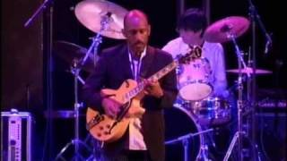 Tim-Bowman-Dubai-international-jazz-festival-attachment