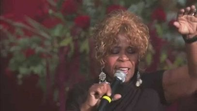 Vanessa-Bell-Armstrong-Live-at-The-Palace-Cathedral-HD-attachment
