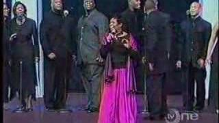Vanessa-Bell-Armstrong-singing-The-Medley-attachment