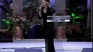 Vickie-Winans-sings-SHAKE-YOURSELF-LOOSE-attachment