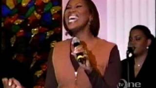 Yolanda-Adams-In-The-Midst-Of-It-All-attachment