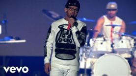 TobyMac-Funky-Jesus-Music-Live-ft.-Hollyn-attachment