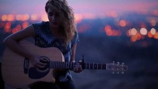 Tori-Kelly-All-In-My-Head-Live-Acoustic-attachment