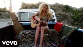 Tori-Kelly-Beautiful-Things-Vevo-LIFT-attachment