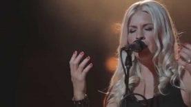 A Little Longer – Jenn Johnson & Bethel Music – You Make Me Brave