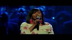 """BeBe & CeCe Winans–""""Grace""""–@ 2010 Dove Awards–(Live)"""