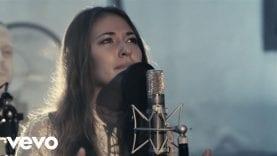 Chris Tomlin – Noel (Live) ft. Lauren Daigle
