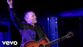 Chris Tomlin – Our God (Live)