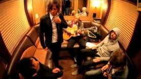 Switchfoot – Mess Of Me (Video)