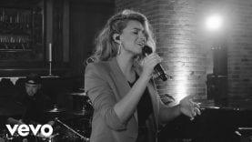 Tori Kelly – Never Alone ft. Kirk Franklin (Live)