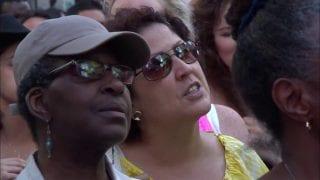 Matt-Redman-10000-Reasons-Live-in-Times-Square-attachment