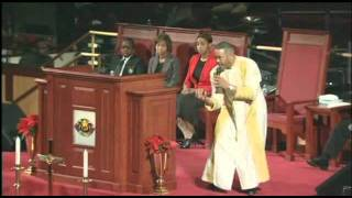 Pastor-Waller-Preaches-Sermon-inspired-by-8220Abstinence-is-Kool8221-book_8fcf438e-attachment