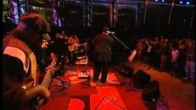 Fred Hammond featuring Jo Ann Rosario-Condrey – When You Praise