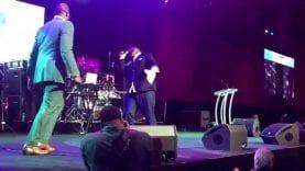 Isaac Carree honors Kim Burrell with Zacardi Cortez, Essence Festival 2015