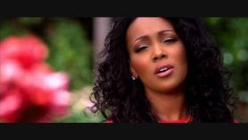 James Fortune & FIYA – Hold On (feat. Monica & Fred Hammond) (MUSIC VIDEO)