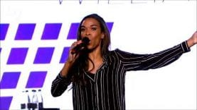 Michelle Williams –  Say Yes (Live Church 2017) HD