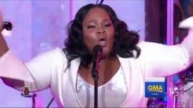 "Tasha Cobbs Leonard Performs ""I'm Getting Ready"""