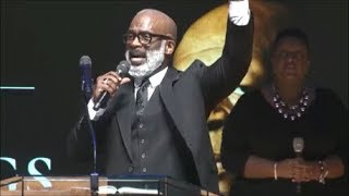 BeBe-Winans-Sings-Stand-At-Congressman-Elijah-Cummings-Funeral-2019-attachment