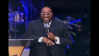 Bishop-Marvin-Sapp-Old-HYMN-Medley-Jamal-Bryants-Installation-attachment