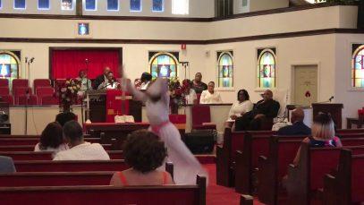 Dear-God-by-Smokie-Norful-Praise-Dance-attachment
