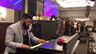 J-Lindsey-Williams-and-Divine-Connection-Hezekiah-Walker-Easter-Concert-4-1-18-attachment