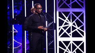 Kirk-Franklin-Wins-Gospel-Artist-of-the-Year-attachment