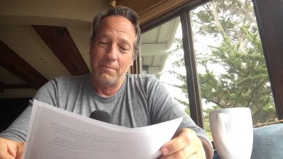 Mike-Rowe-Reading-a-letter-from-his-mother-attachment
