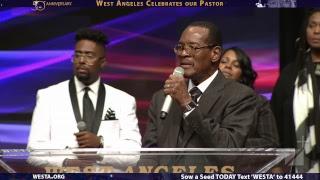 Pastor-Donnie-McClurkin-LIVE-31719-11am-attachment