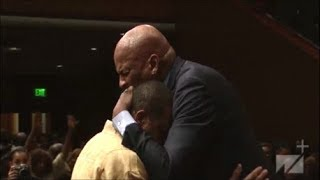 Pastor-Donnie-McClurkin-Powerful-Word-and-Testimony-Praise-Break-at-West-Angeles-COGIC-HD-2019-attachment