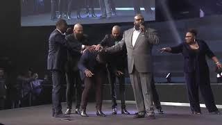 Pastor-JHON-GRAY-TASHA-COBBS-LEONARD-162019-John-gray-LIVE-10AM-162019-attachment
